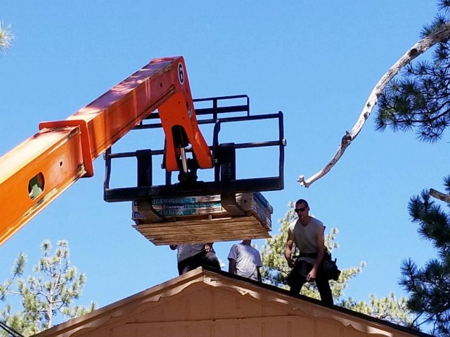 5 Warning Signs Your Roof is Failing